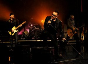u2_2009_late_show_with_david_letterman_4